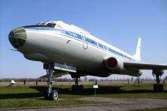 Ту-104АК