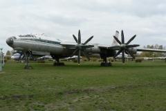 Ту-116