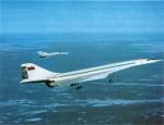 Опытный СПС Ту-144 в полете