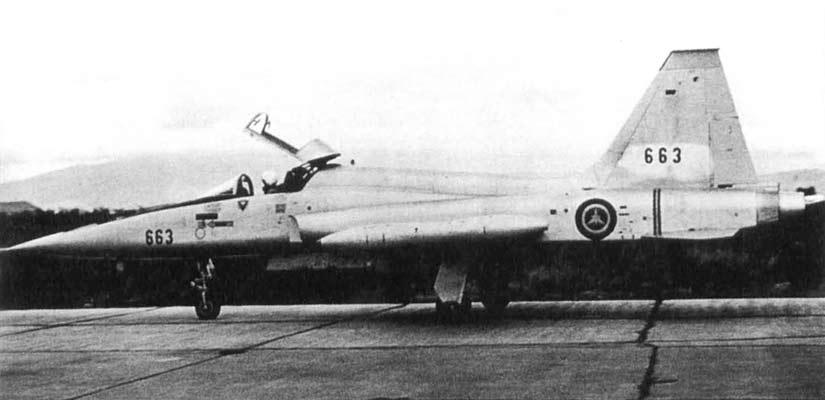Конечно, по высотно-скоростным характеристикам F-5 существенно уступали МиГ- 21 и МиГ-23, но значительная полезная нагрузка делала их незаменимыми при ударах по наземным целям и особенно при изоляции района боевых действий.