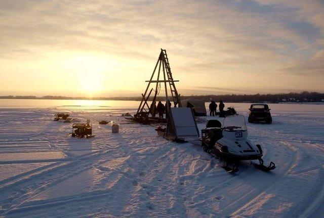 Поисковая экспедиция на оезере Велье в Новгородской области
