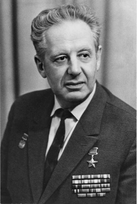 М.Галлай