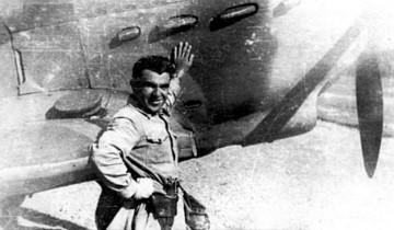 Дмитрий Калараш у того самого истребителя Як-7