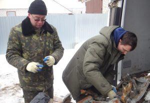 Поисковики из Казани восстановят самолет времен войны из деталей, найденных под Брянском