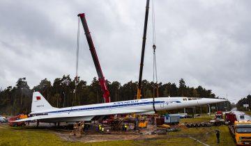 В Жуковском установлен памятник самолету Ту-144